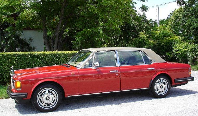 1990 Rolls-Royce Silver Spur Car Picture