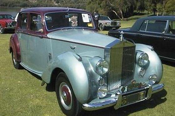 1952 Rolls-Royce Silver Dawn Car Picture