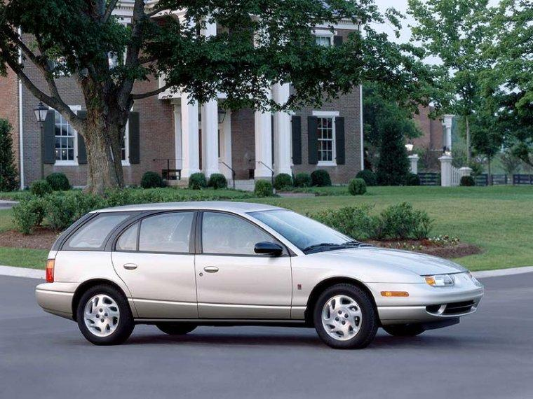 2000 Saturn SW2 Wagon Picture