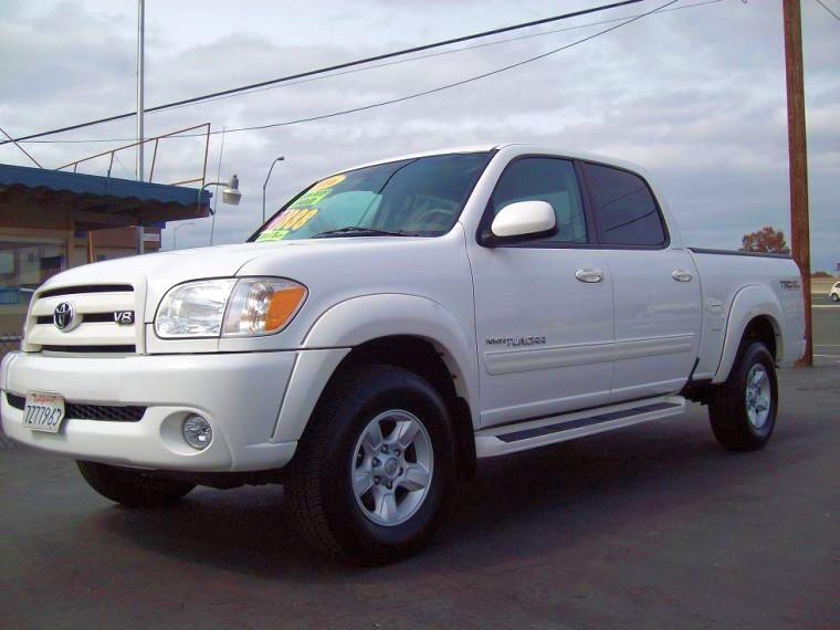 Front Left White 2005 Toyota Tundra Truck Picture