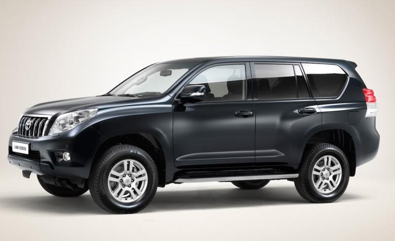Left Side 2010 Toyota Land Cruiser SUV Picture