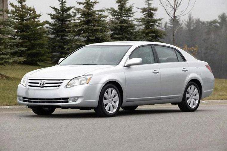 2005 Toyota Avalon Car Picture