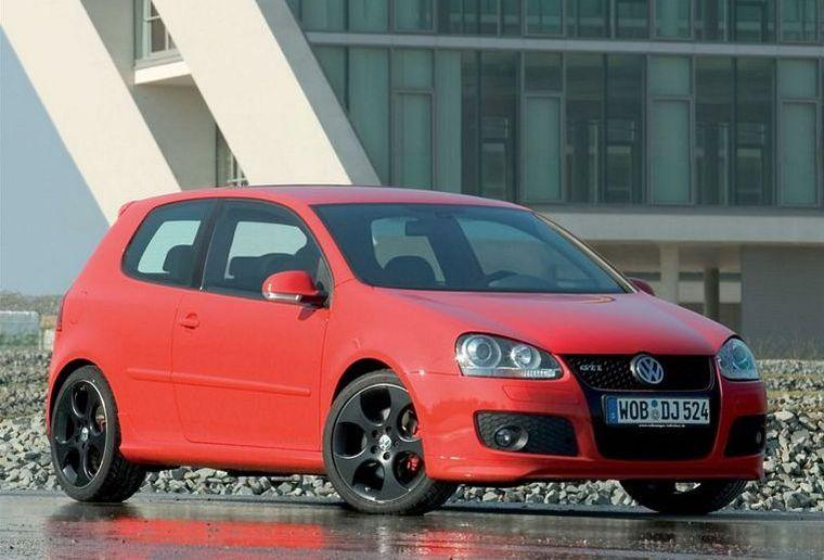 Front right red 2006 Volkswagen Golf GTI Picture
