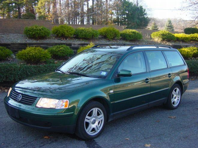 2000 Volkswagen Passat Wagon Car Picture