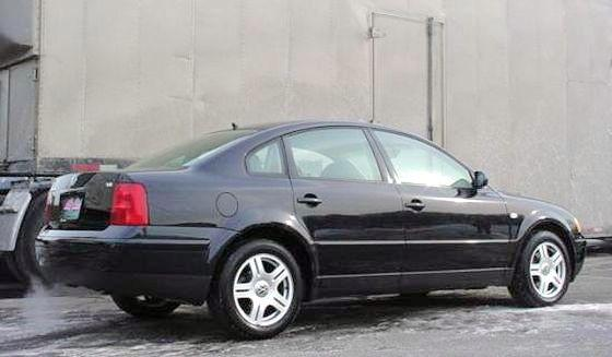 2000 Volkswagen Passat Car Picture