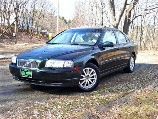 2000 Volvo S80 Car Picture