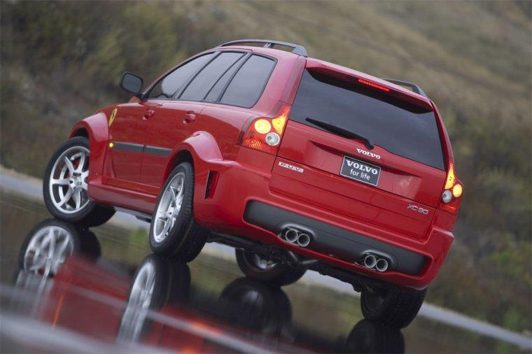 2004 Volvo XC90 PUV Car Picture