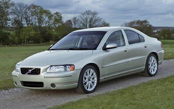 2005 Volvo S60 Car Picture